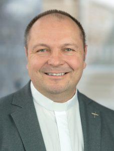 Ordinariatsrat<br />Dr. Gerhard Schneider